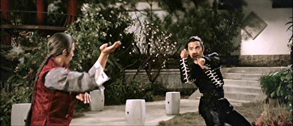http://hkmdb.com/db/images/movies/5895/ShaolinMantis+1978-34-b.jpg